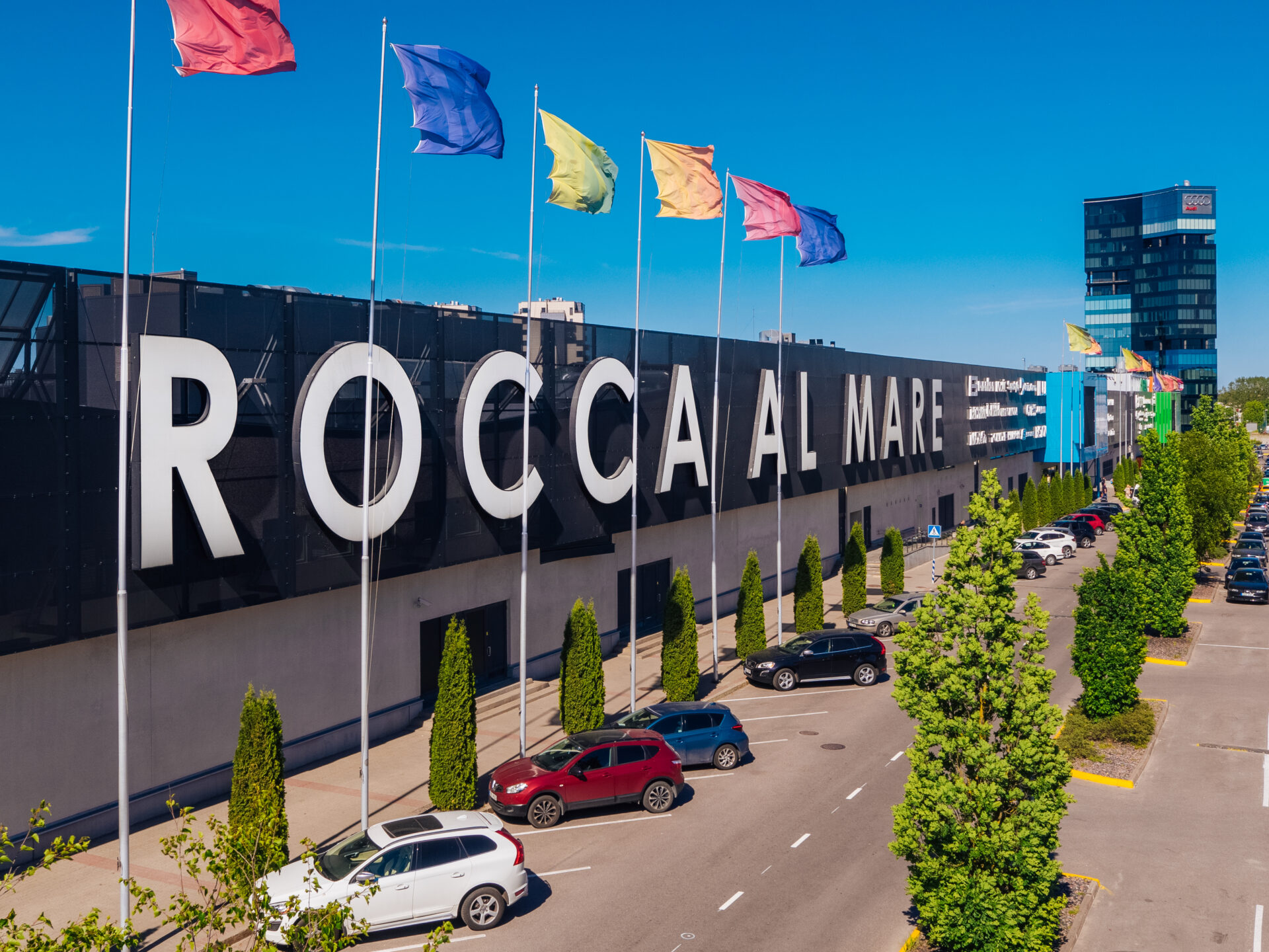 Rocca Al Mare shopping centre